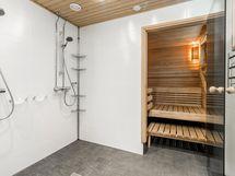 yhteisen saunan pesuhuone