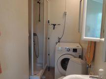erillinen wc ja suihku A