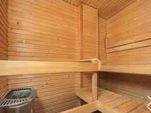 Kaiken kruunaa oma sauna