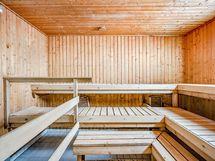 Saunarakennuksen tiloja