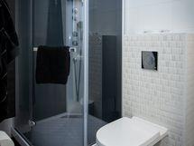 Makuuhuoneen kylpyhuone/wc