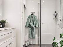 Valokuva vastaavasta kylpyhuoneesta