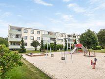 Huutoniemi, Teininkuja 13 C, 4h+k, 94 m²/ Roparnäs, Djäknegräden 13 C, 4r+k, 94 m²