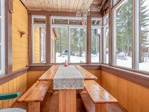 Itä-terassin (40 m2) kesä aamiaistila