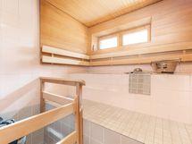 Reilunkokoinen sauna houkuttelee löylyihin!