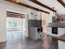 1ja5 asunto keittiö