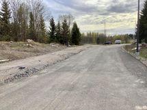 Katuvalot, asfaltointi ja kunnallistekniikka on jo valmiina
