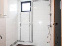 Kylpyhuone remontoitu 2014