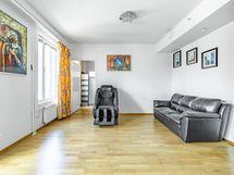 Olohuone länteen / Livingroom facing west