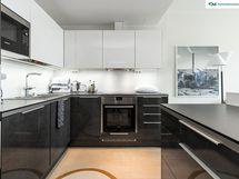 Tasokas keittiö on uusittu vuonna 2016