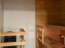 Taloyhtiön saunaosasto remontoitu 2017.