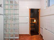 Kylpyhuone remontoitu v.2015
