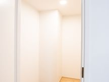 Varasto/työhuone 3m2 (ei lasketa huoneistoneliöihin)