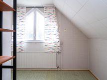 Yläkerran vilpola / makuuhuone