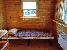 Saunarakennuksen pukuhuone