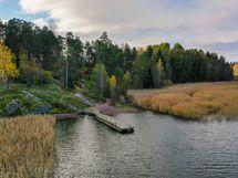 Sundsbergissa on oma uimaranta ja vuokrattava rantasauna