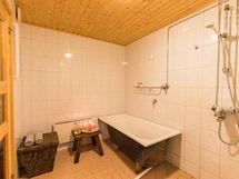Kylpyhuone v. 2004 päivitetty