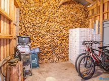 Talon päässä oleva puuliiteri