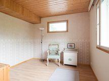 Lisäsiiven makuuhuone