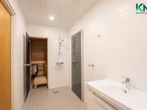 Sauna ja kylpyhuone on uudistettu kauttaaltaan 2019